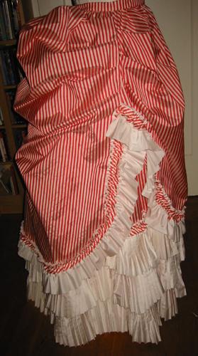 overskirt3
