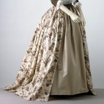 1785 gown, printed. Designed for European market.  Victoria & Albert Museum