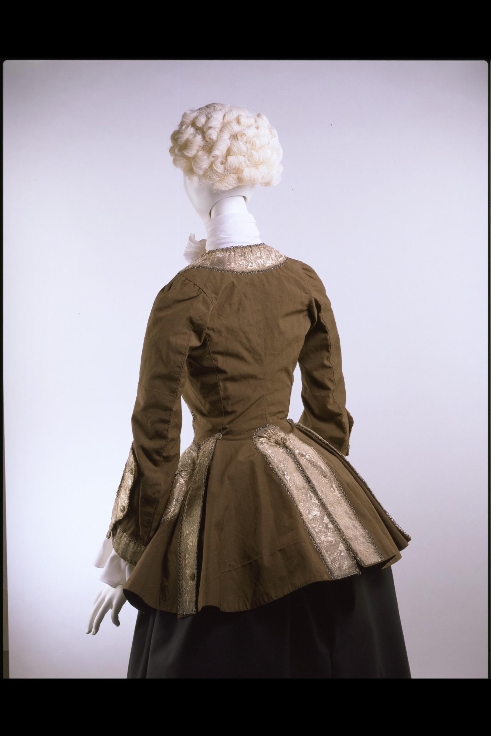 18th Century Riding Habits(es)*