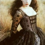 A clearer image of Liv's gothy spiderweb dress.