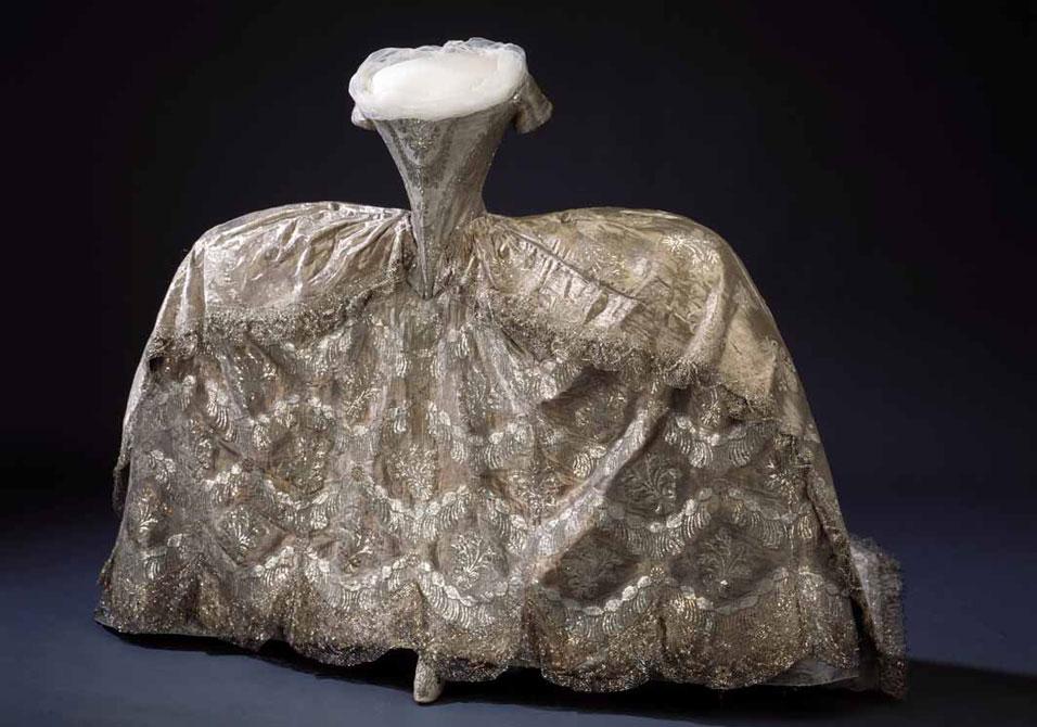 18th Century French Court Gowns – Basics – Démodé