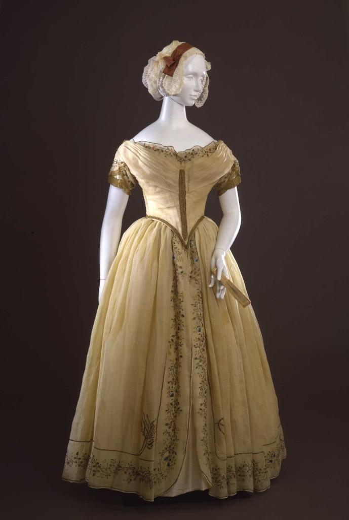 1845  Abito femminile da ballo in due pezzi