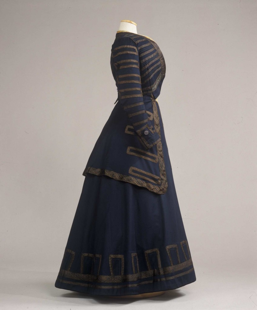 1908  Tailleur femminile