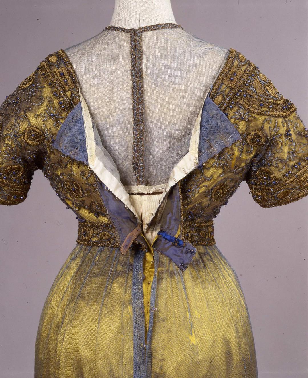 Abiti Da Sera 1912.Europeana Fashion A New Cross Museum Database Demode