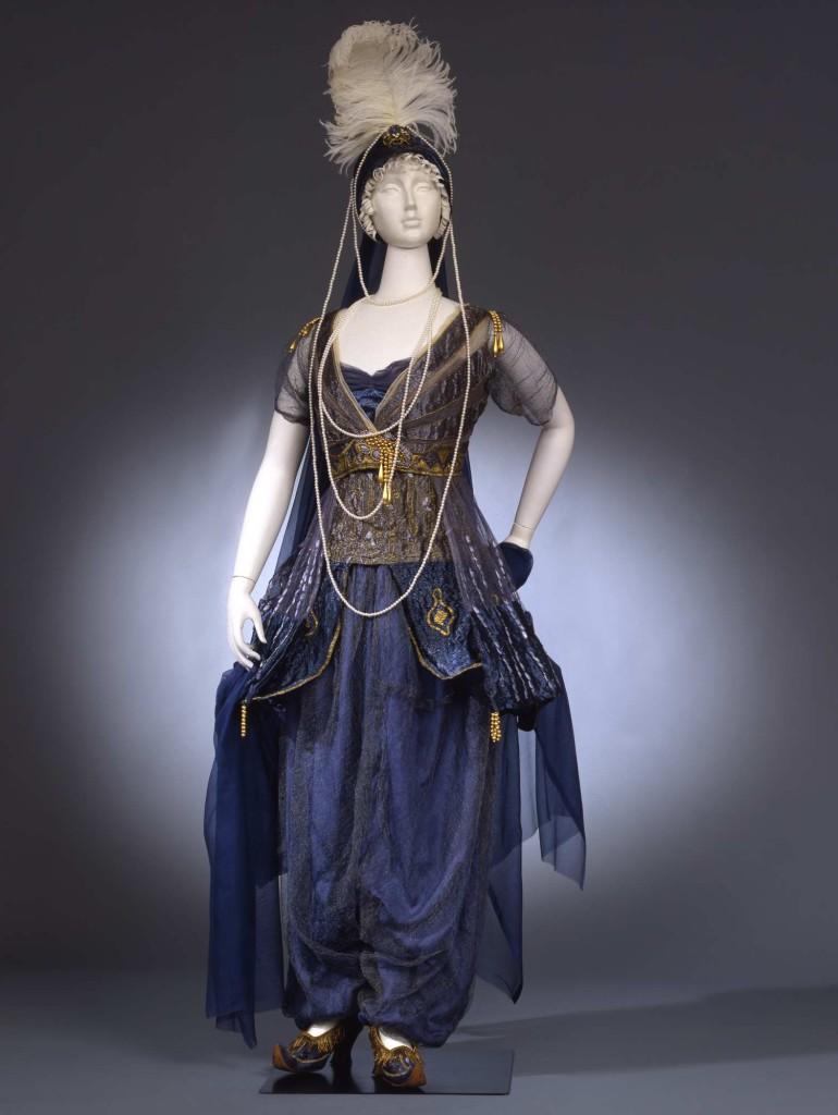 1911  Costume da odalisca