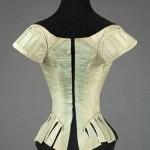 Corset (ie unboned, soft bodice), 1780-7, Palais Galliera, musée de la Mode de la Ville de Paris