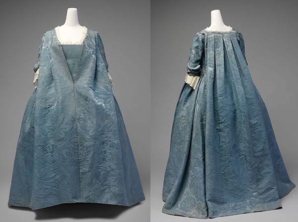 Robe Volante, ca. 1730, Metropolitan Museum of Art